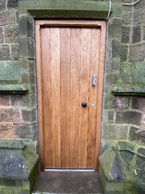 Oak door and frame- heritage joinery-Joinery Ng16